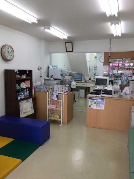 オーエス中井中央薬局の店内②