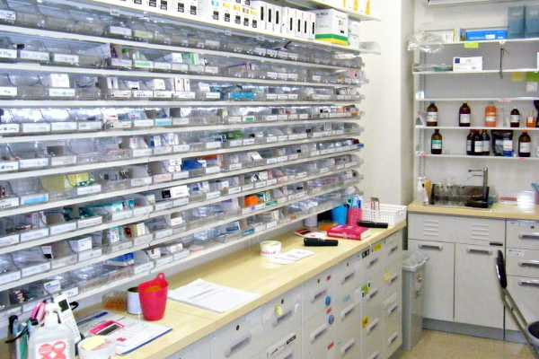 第一薬局 吉田の調剤室